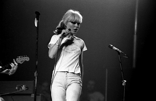 Debbie Harry, performing with Blondie, 1977. Photo by Jean-Luc.