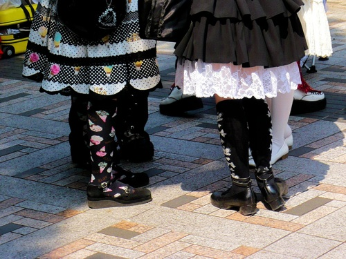 Gothic Lolita legs. photo by Stéfan. Attribution ShareAlike.
