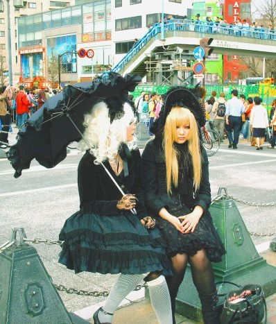 Gothic Lolitas. Photo by Tim T.