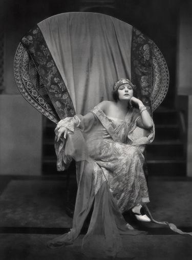 Norma Talmadge, 1922.
