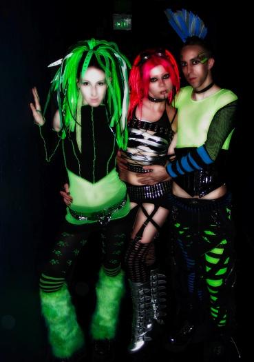Cybergoth photo by Rikfriday.