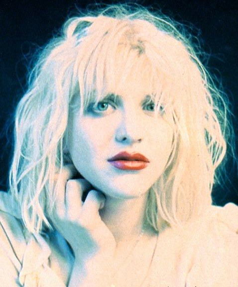 Courtney Love 1990s look