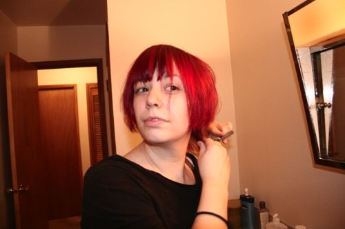 red bob haircut photo by Alicia Lynn.