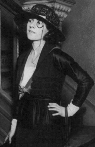 Ruth Gordon in 1919.